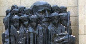 Monumento de Varsóvia tributo a Jausz K